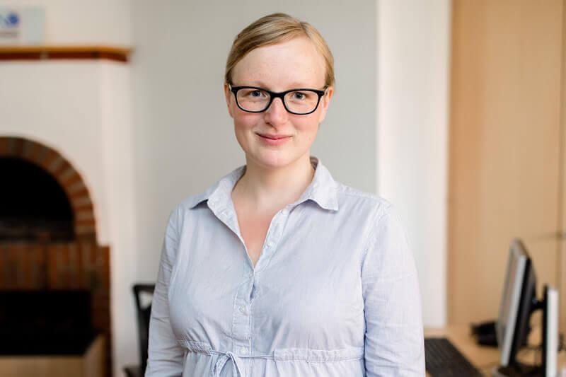 Dr. Lisa Grün